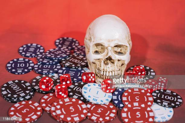 38 Bone Dice Photos And Premium High Res Pictures Getty Images