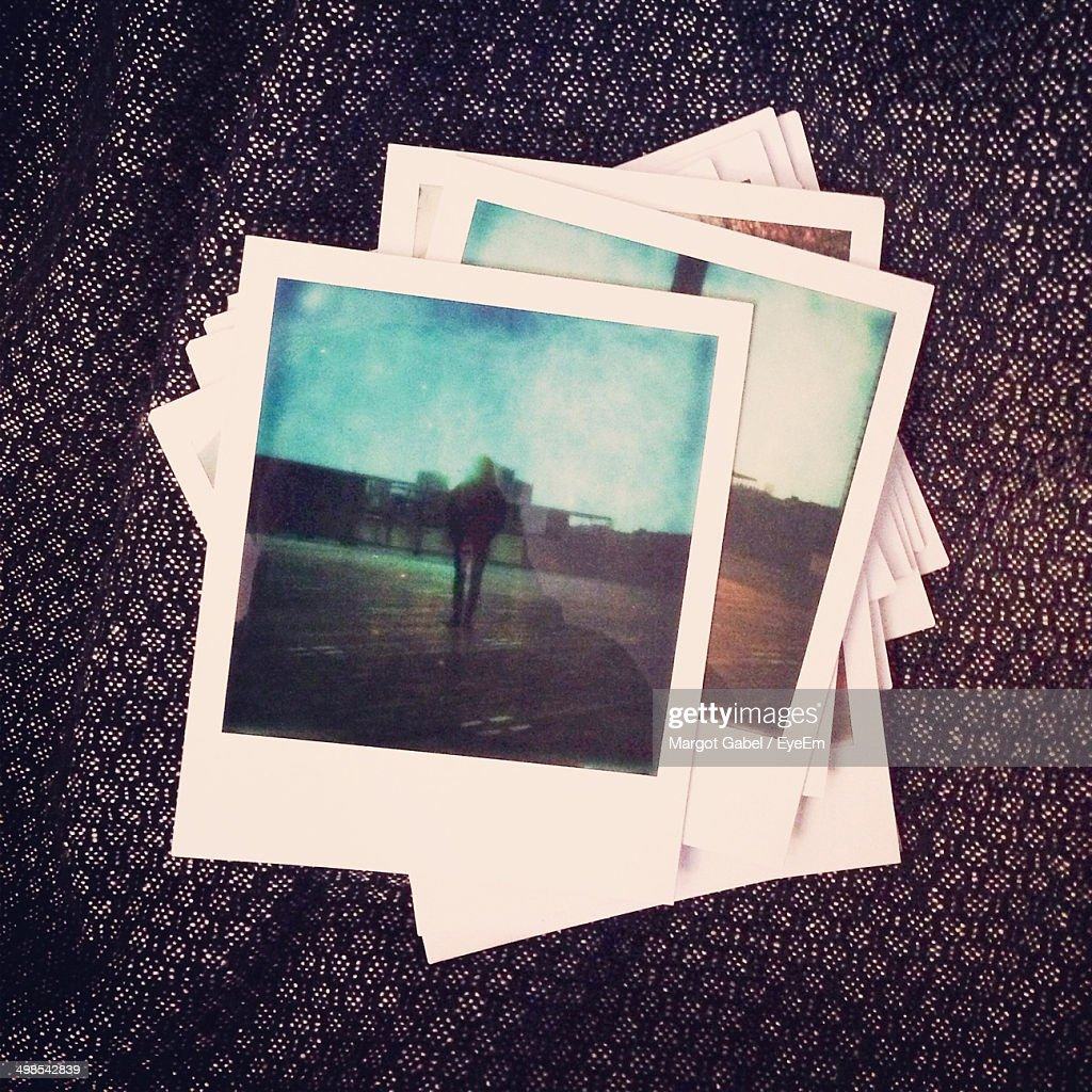 Close-up of instant photo pictures : Stock-Foto