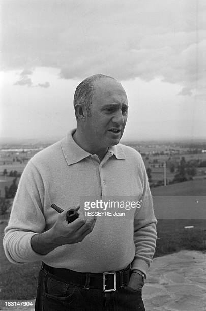 CloseUp Of Lucien Neuwirth Mr Pill En France en octobre 1967 Le député UDR de la Loire Lucien NEUWIRTH auteur d'une proposition de loi légalisant la...
