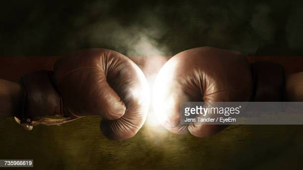close-up of men boxing - campeonato - fotografias e filmes do acervo