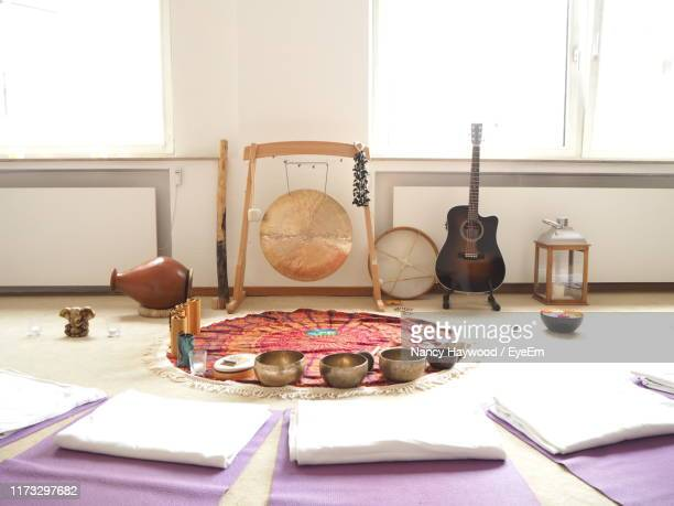 close-up of musical instruments at home - gong stock pictures, royalty-free photos & images