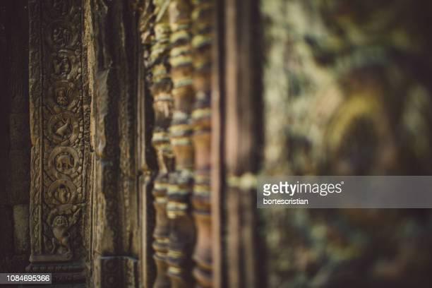 close-up of old wall - bortes - fotografias e filmes do acervo