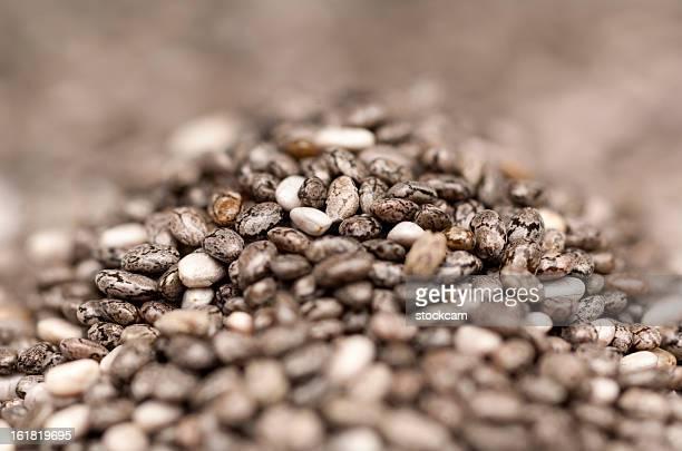 Nahaufnahme von Haufen von chia Samen