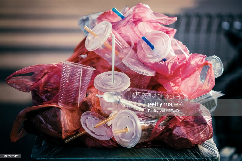 Close-Up Of Plastic Garbage Pile : Stock-Foto