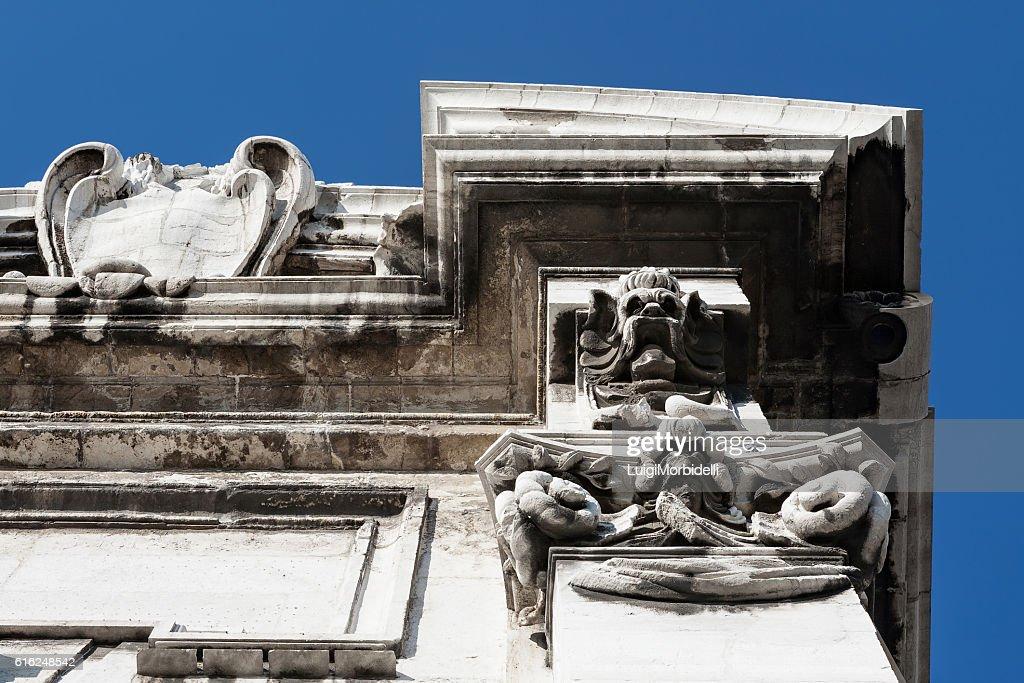 Closeup of Porta Pia, Ancona, Italy : Foto de stock