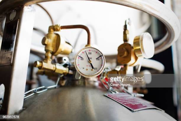 close-up of pressure gauge at brewery - fermenting stock pictures, royalty-free photos & images