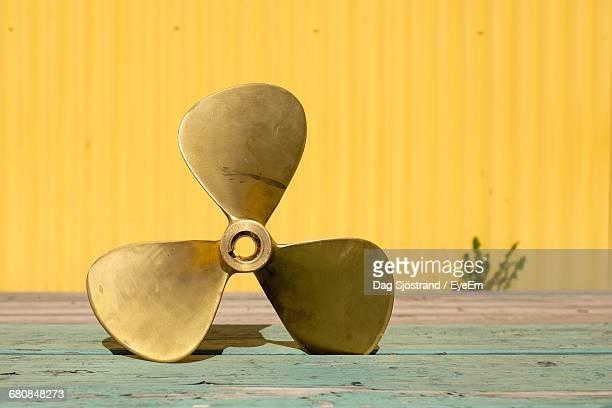 close-up of propeller - propeller stock pictures, royalty-free photos & images