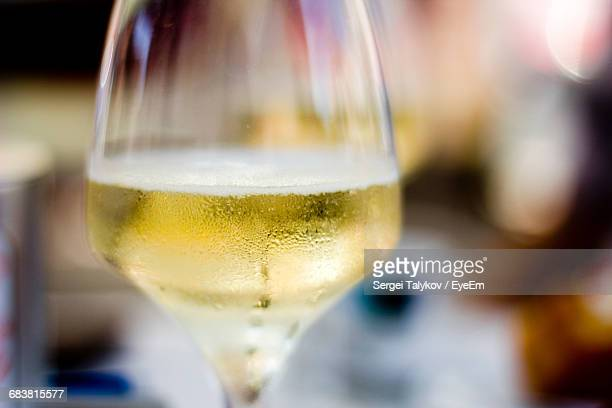 close-up of prosecco wine in glass - white wine stock pictures, royalty-free photos & images