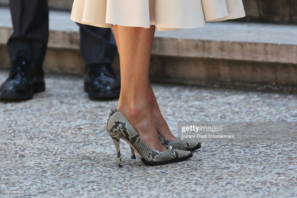 "Queen Letizia Opens The Exhibition ""emilia Pardo Bazan. The Challenge Of Modernity"". : News Photo"