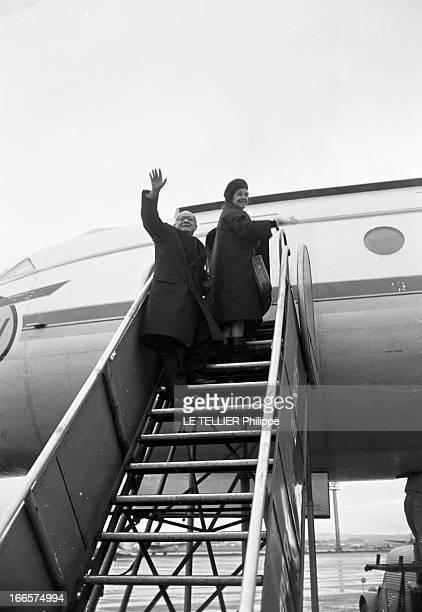 CloseUp Of Raymond Cartier In Moscow Moscou le 31 janvier 1961 à l'aéroport portrait du journaliste Raymond CARTIER en voyage accompagné de son...