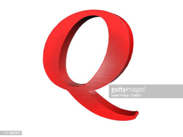 close-up of red letter q against white background - q and a foto e immagini stock