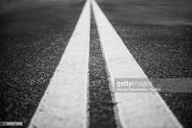 close-up of road markings - parallel stock pictures, royalty-free photos & images