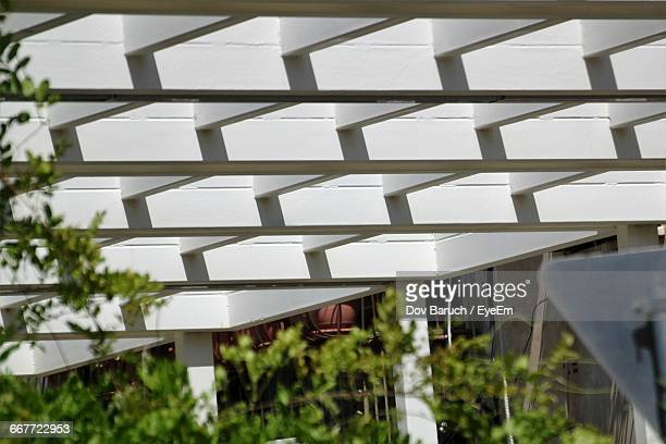 close-up of roof - barulho stock pictures, royalty-free photos & images