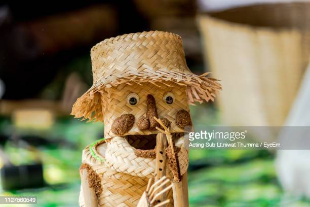 close-up of scarecrow made from wicker - scarecrow faces stock photos and pictures