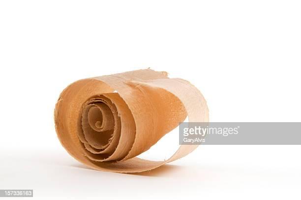 Gros plan d'un Curl/rasage en bois#9-isolé sur blanc