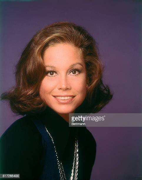 Close-up of smiling actress Mary Tyler Moore who stars in the television series The Mary Tyler Moore Show, circa 1975.