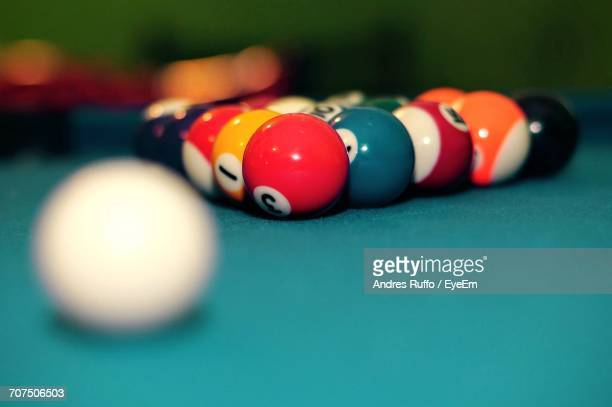 close-up of snooker balls on table - andres ruffo fotografías e imágenes de stock