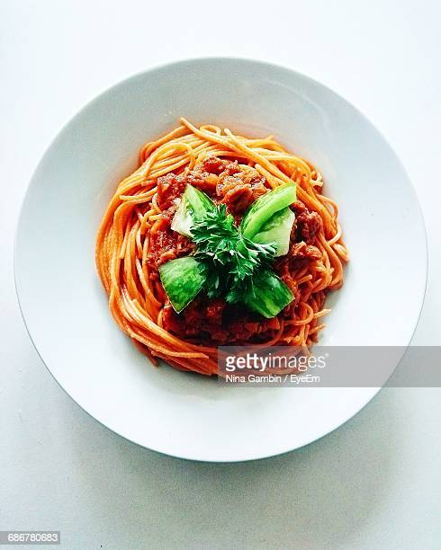 Close-Up Of Spaghetti Marinara In Bowl On Table