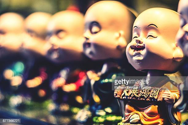 close-up of statues for sale in shop - parham emrouz stock pictures, royalty-free photos & images
