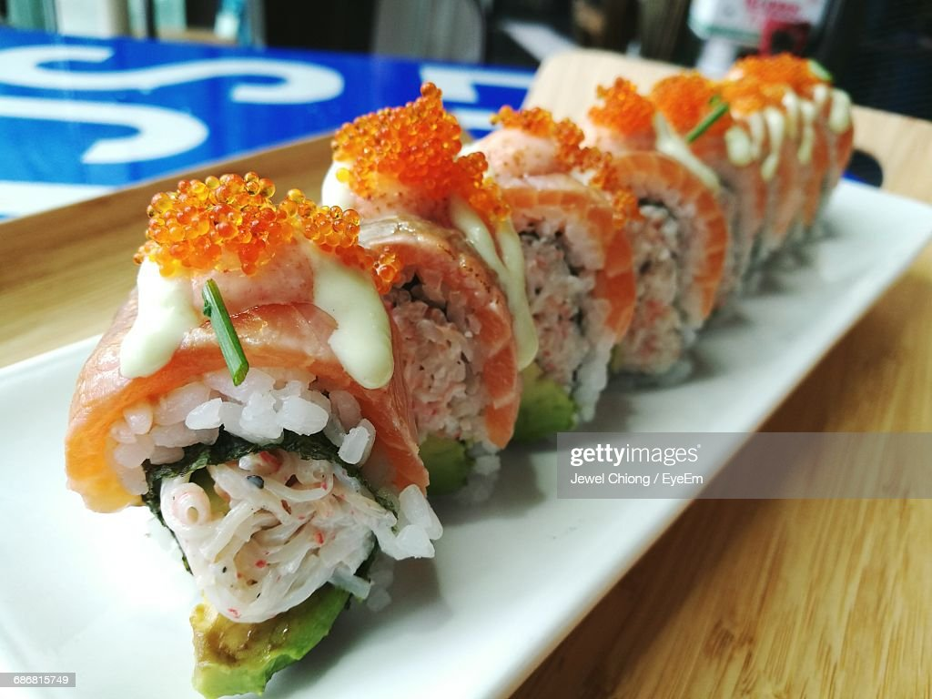 Closeup Of Sushi Served In Plate Stock Foto Getty Images