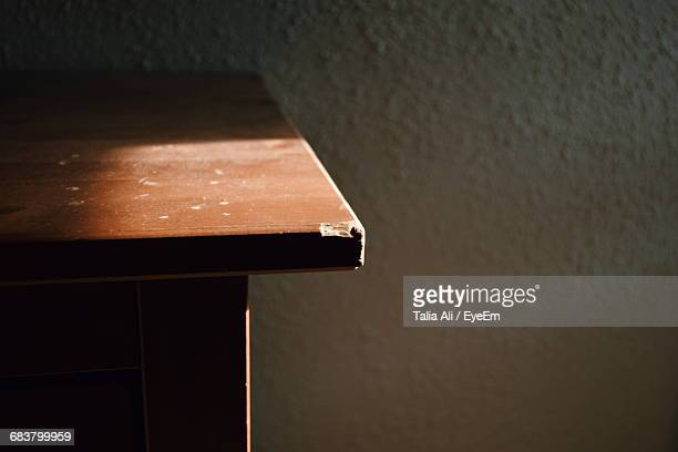 close-up of table corner - corner stock pictures, royalty-free photos & images