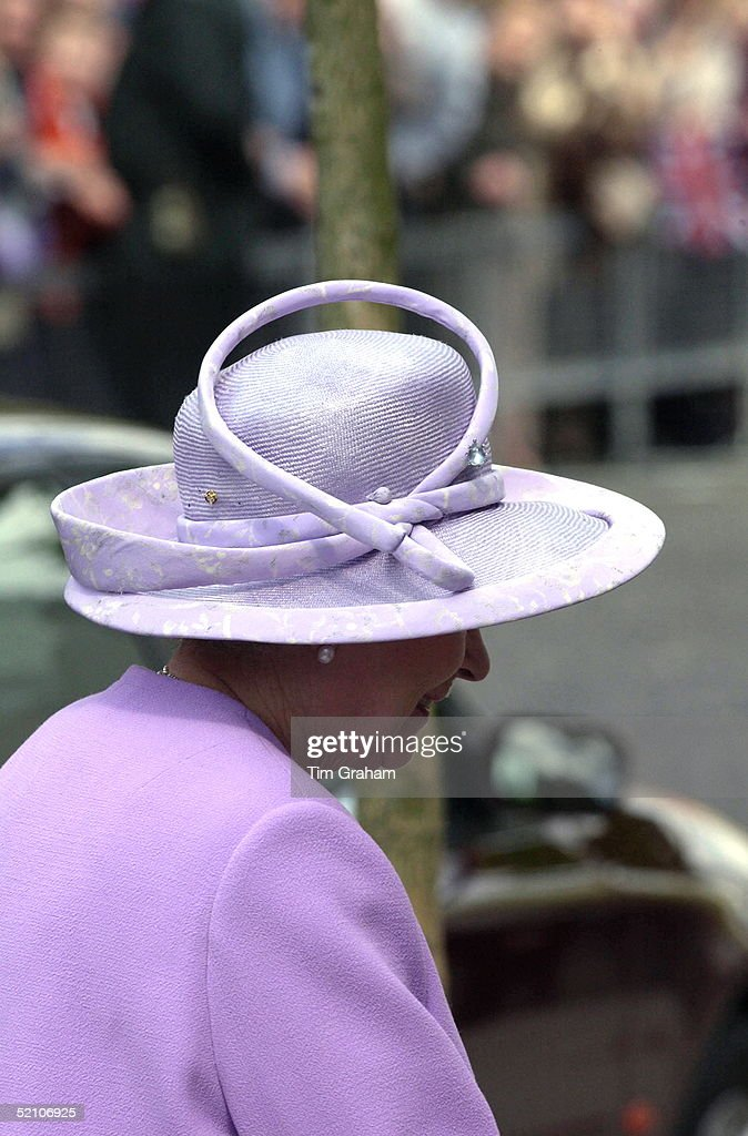 Queen Hat Detail : News Photo