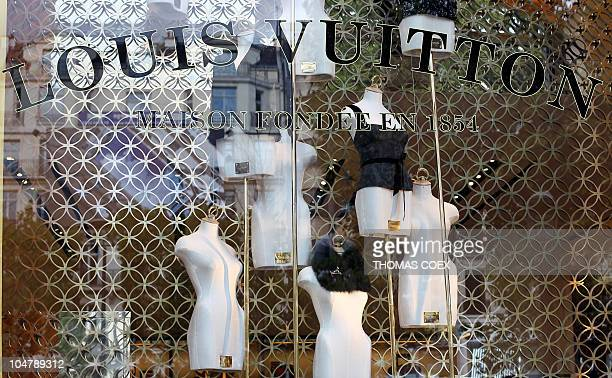 Closeup of the show window of the Louis Vuiton store taken on September 25 2010 at the ChampsElysees Avenue in Paris AFP PHOTO / THOMAS COEX