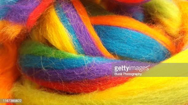 closeup of thick colorful wool yarn - calore concetto foto e immagini stock