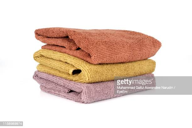 close-up of towels against white background - pull photos et images de collection