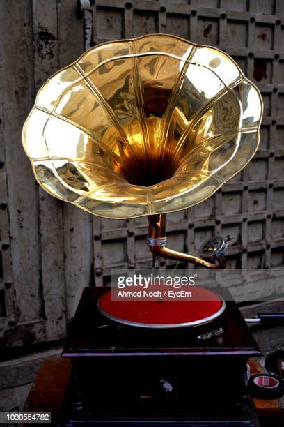 close-up of turntable - gramophone stock pictures, royalty-free photos & images
