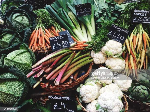 close-up of vegetables for sale at market stall - market stall stock pictures, royalty-free photos & images