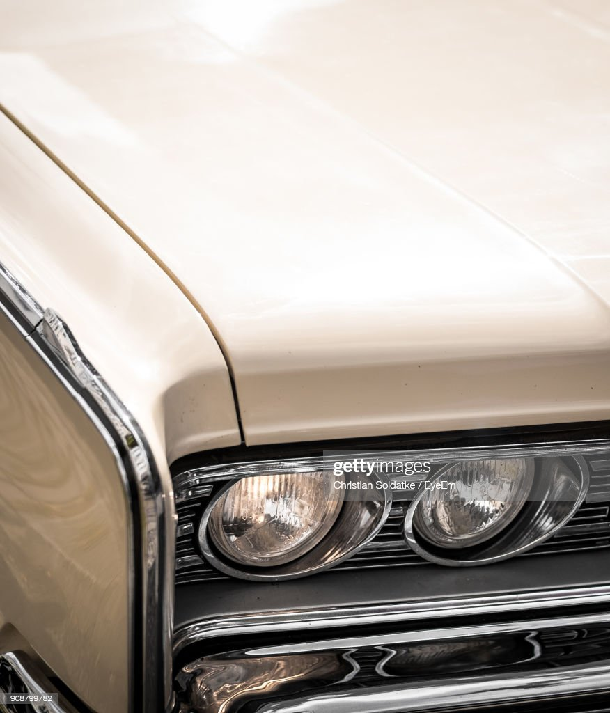 Close-Up Of Vintage Car : Stock-Foto