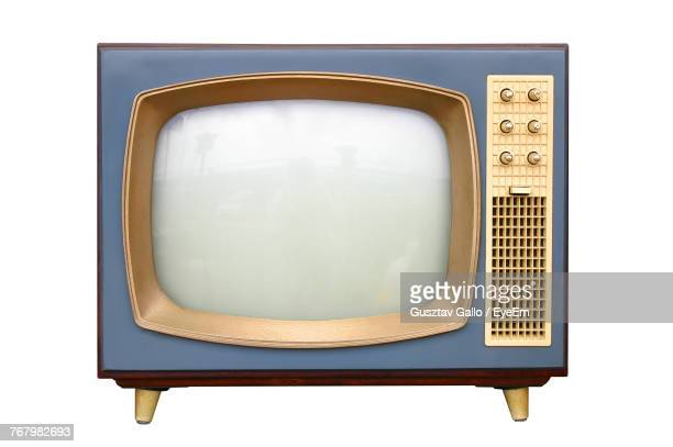 close-up of vintage television set over white background - televisión fotografías e imágenes de stock