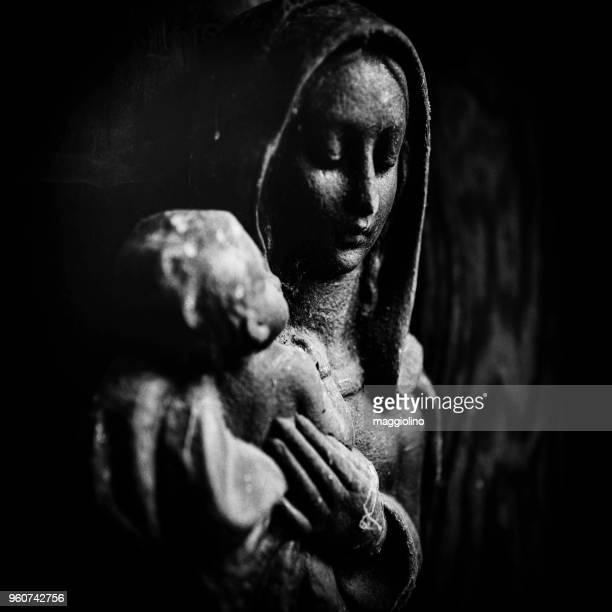 close-up of virgin mary figurine - mary moody fotografías e imágenes de stock