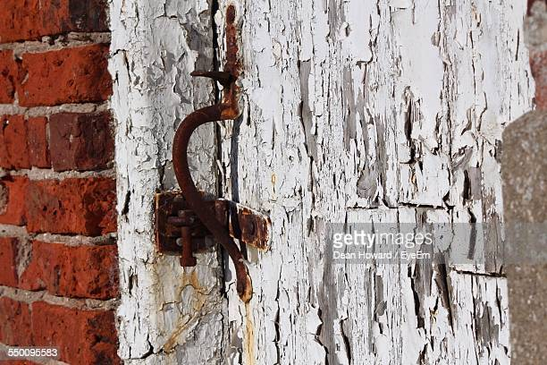 close-up of weathered door - howard,_wisconsin stock pictures, royalty-free photos & images