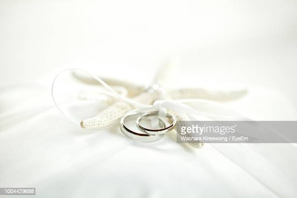 56 Tangled Wedding Ring Photos And Premium High Res Pictures Getty Images