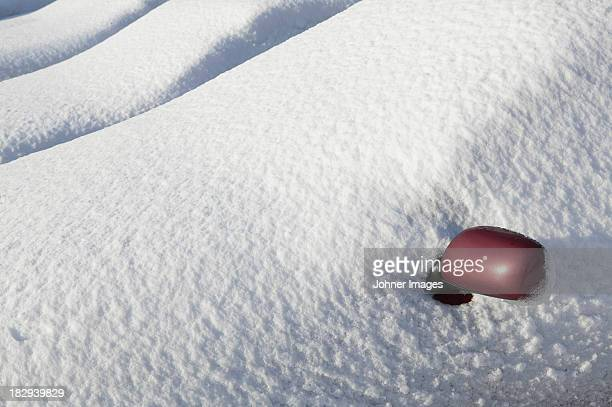 close-up of wing mirror covering by snow - deep snow stock pictures, royalty-free photos & images