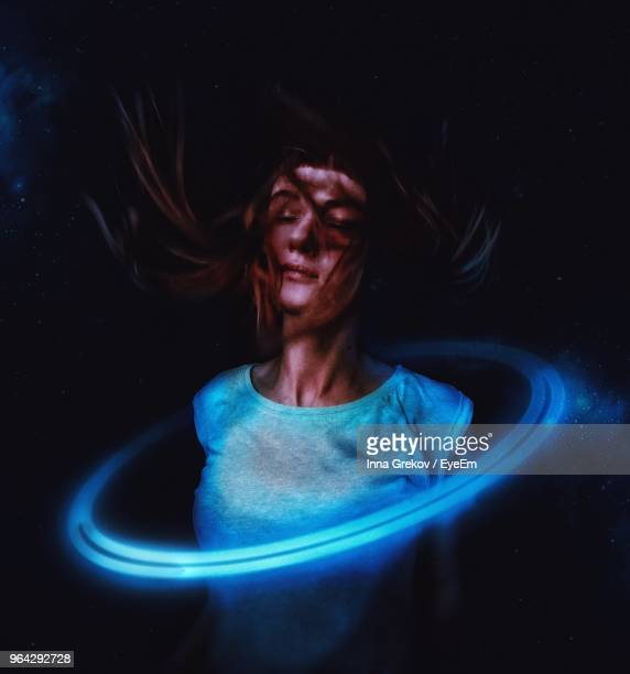 close-up of woman with light painting - lichtmalerei stock-fotos und bilder