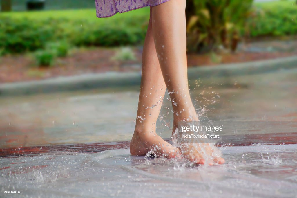 Close-up of womans feet : Stock Photo