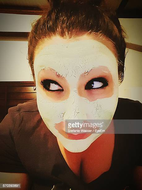 close-up of young woman with face mask - wasser stock pictures, royalty-free photos & images