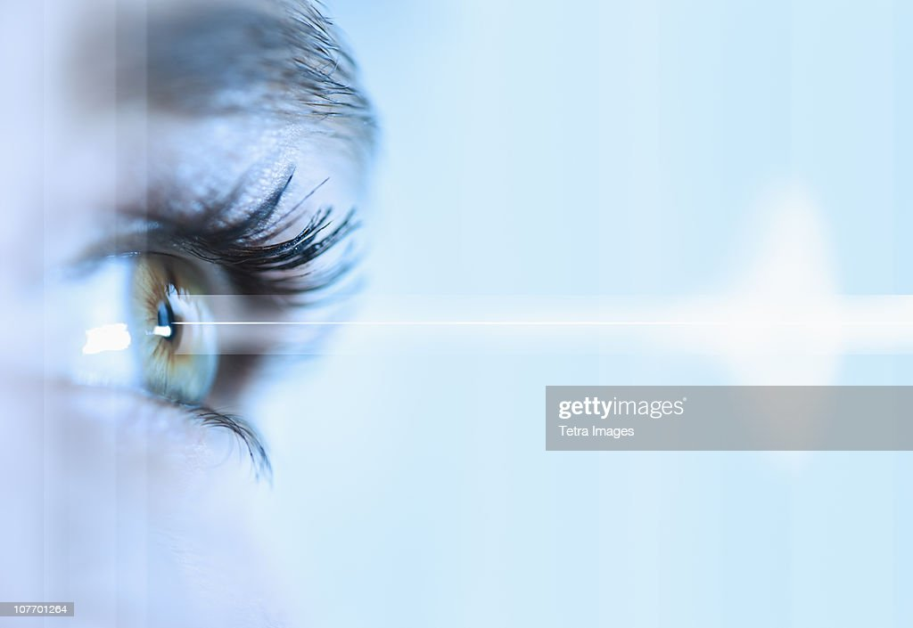 Close-up of young woman's eye : Stock Photo