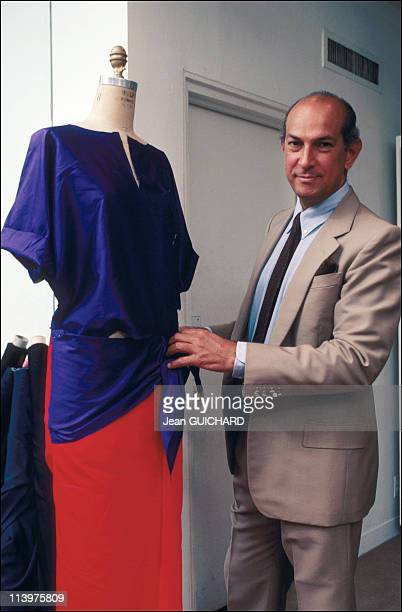 Closeup Oscar De La Renta in June 1985
