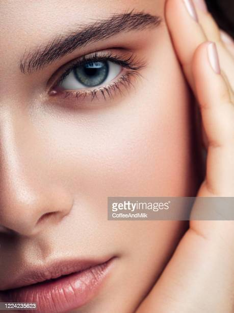 close-up portrait of the beautiful girl - eye stock pictures, royalty-free photos & images