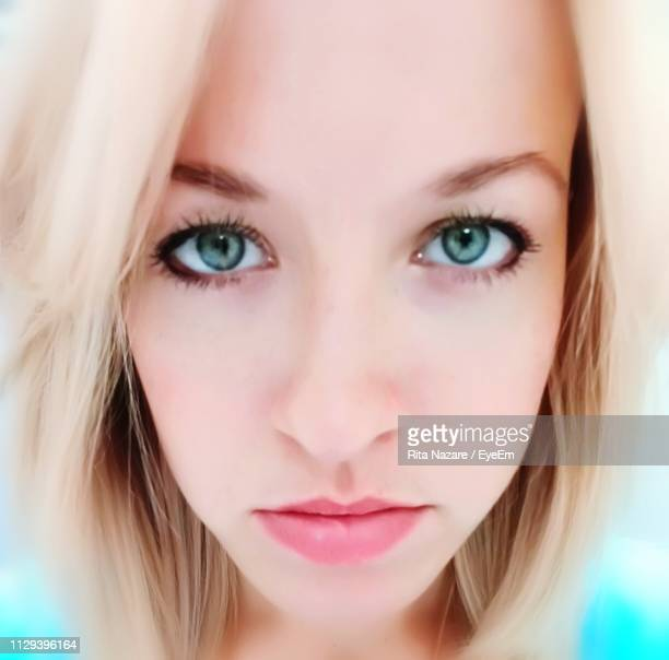 close-up portrait of woman - king's lynn stock pictures, royalty-free photos & images