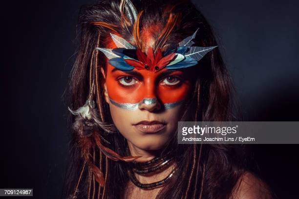 close-up portrait of young woman - body paint stock-fotos und bilder