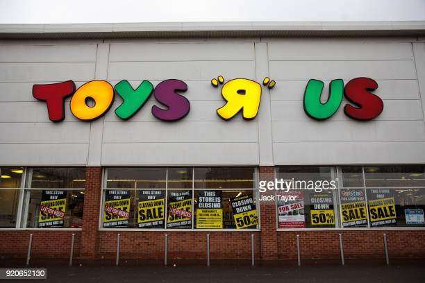 Closing down signs sit on the window of Toys R Us in New Kent Road on February 19 2018 in London England The toy retailer which employs 3000 people...