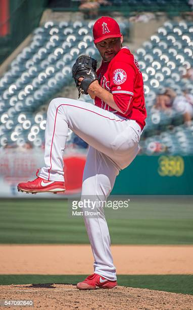 Closing pitcher Huston Street of the Los Angeles Angels of Anaheim pitches during the ninth inning of the game against the Oakland Athletics at Angel...
