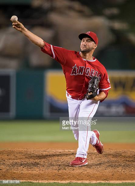 Closing pitcher Huston Street of the Los Angeles Angels of Anaheim pitches during the ninth inning of the game against the Boston Red Sox at Angel...