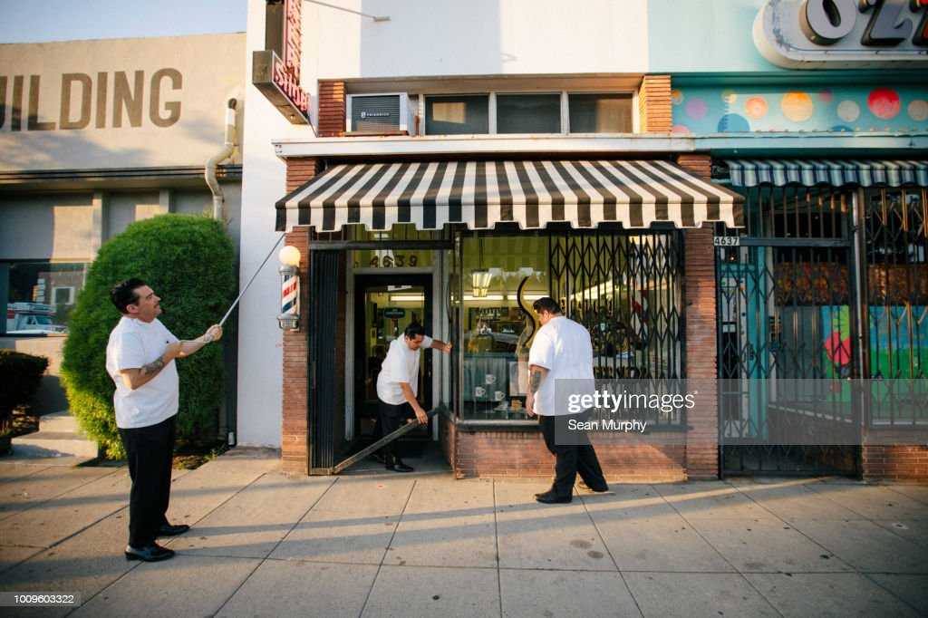 Closing time : Stock Photo