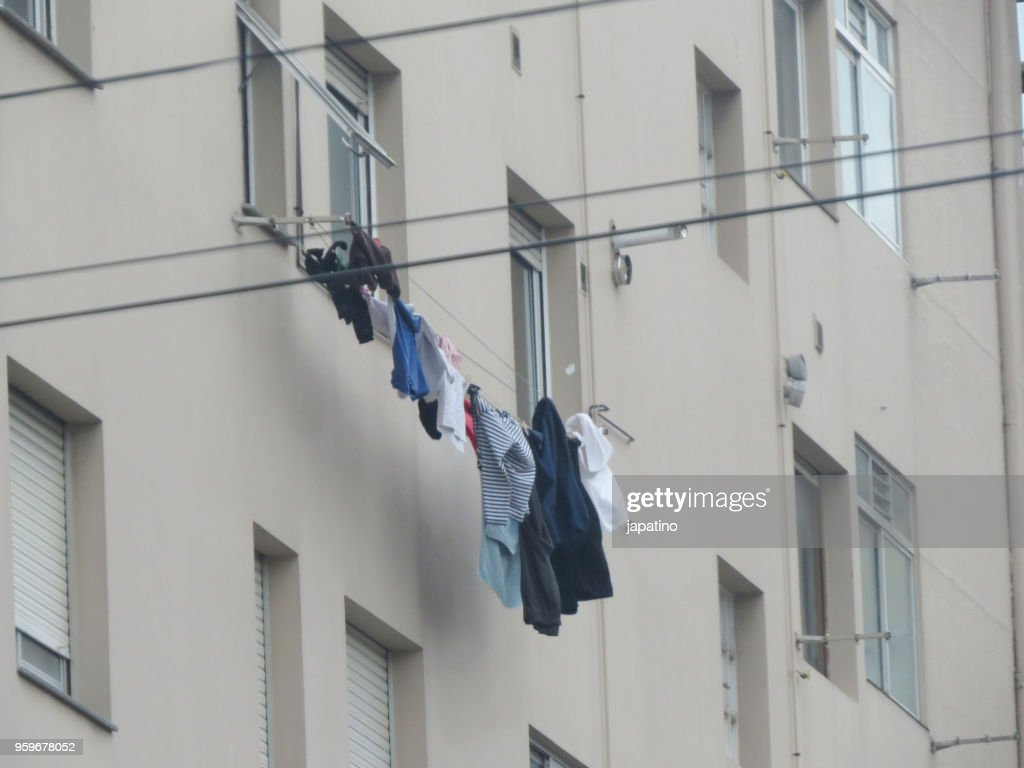 Clothes hanging to dry : Stock-Foto